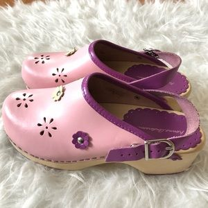 Hanna Andersson Sz 36 Girls 3.5Y Swedish clogs